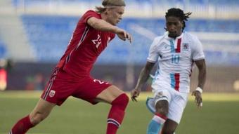 Victoria de Noruega ante Luxemburgo con gol de Haaland. AFP/Jorge Guerrero
