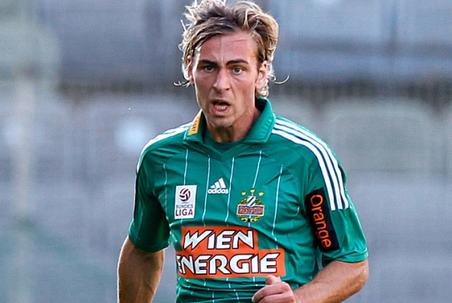 Harald Pichler, jugador del Wacker Innsbrück. Frodo