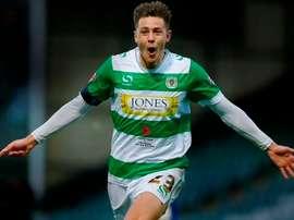 Harry Cornick seguirá en el Yeovil de la League Two Inglesa. Twitter