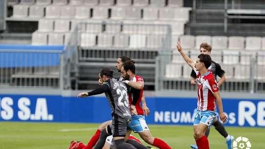 Roberto Fernández abandona el club. LaLiga