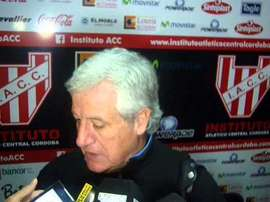 Héctor Rivoira abandonda el banquillo argentino. Youtube