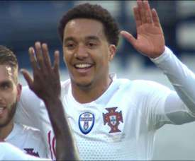 Helder Costa marcó su primer gol con Portugal. Captura/Cuatro