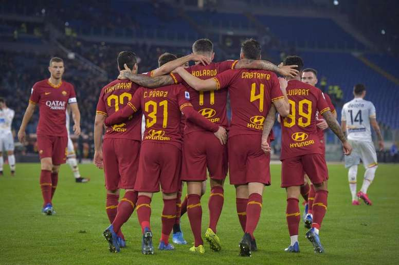 Roma traz o Lecce para a realidade e mira na Champions. Twitter/OfficialASRoma
