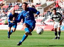 Holt, que jugó la temporada pasada en el Wigan, regresa al Rochdale. Twitter