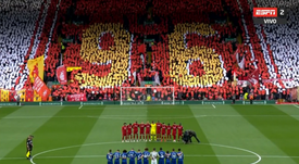 The fans paid tribute before the clash with Chelsea. Captura/ESPN