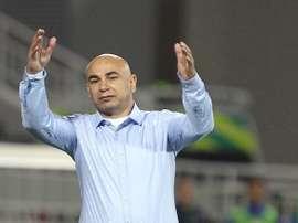 Hossam Hasán, entrenador del Al Masri egipcio. Thenewage