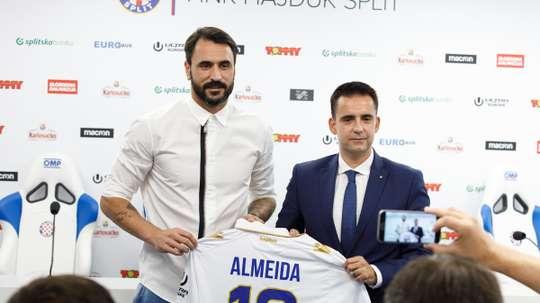 O internacional português vai ser o novo camisola '10' dos croatas. Twitter/Hajduk