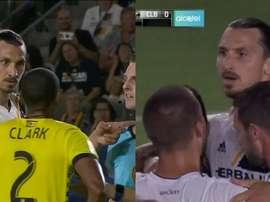Ibrahimovic y Clark tuvieron un breve lance. Twitter/MLS