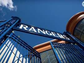 UEFA pune Rangers por racismo com fechamento parcial do estádio. RangersFC