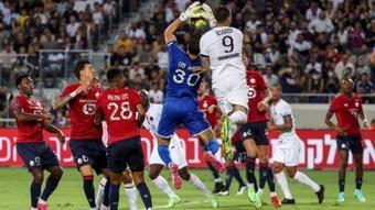 Icardi decepcionó en la Supercopa de Francia ante el Lille. AFP