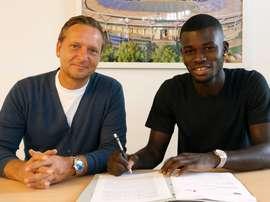 El canterano del Fortuna Düsseldorf firma contrato con el Hannover 96. Hannover 96