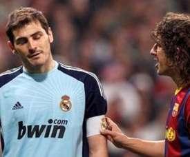Casillas et Puyol lors d'un 'Clasico'. EFE