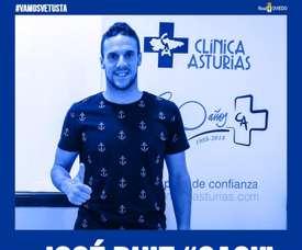 Casi jugará en el filial del Oviedo. Twitter/RealOviedo