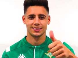 Álex Moreno, nouveau joueur du Betis. Twitter/RealBetis