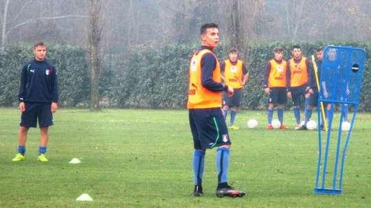 Imagen de Andrea Isufaj, con las categorías inferiores de la Selección Italiana.