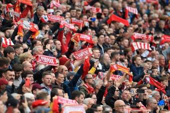 El Liverpool venció al Burnley en el reencuentro con su afición. AFP