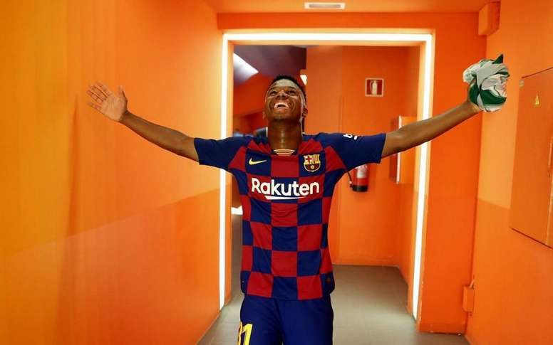 Fati says that he wants to play for the Spanish national team. FCBarcelona