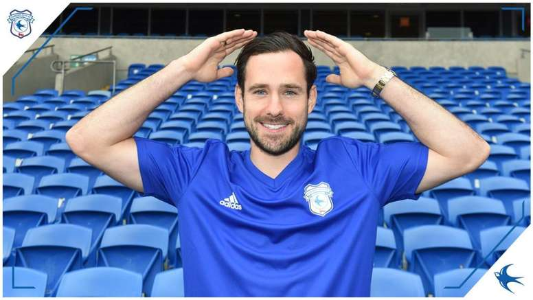 Greg Cunningham ha cambiado el Preston North End por el Cardiff City. CardiffCity
