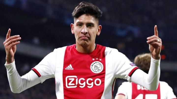 Edson Álvarez não sairá da Eredivisie. AFP/MAURICE VAN STEEN