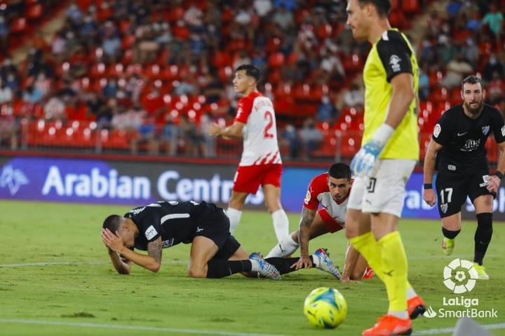 Fernando volvió a la titularidad con el Almería. LaLiga