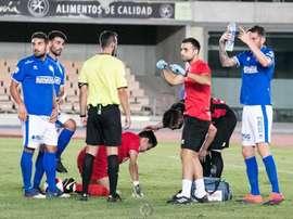 Camacho chocó con Pepelu en el duelo ante el Cabecense. Twitter/XerezDFC