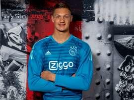 L'Ajax recrute un géant. Ajax