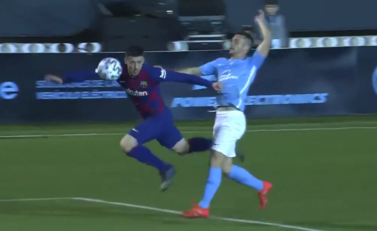 Rodado fouled Lenglet and the goal did not count. Captura/DAZN
