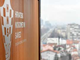 Federação Croata de Futebol decidiu suspender todas as competições desde mês. HNS