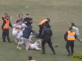 Imagen de la pelea en Bahía Blanca. Twitter