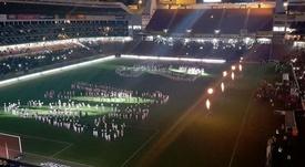 La espectacular presentación que Liga de Quito preparó a Valencia. Twitter/LDU_Oficial