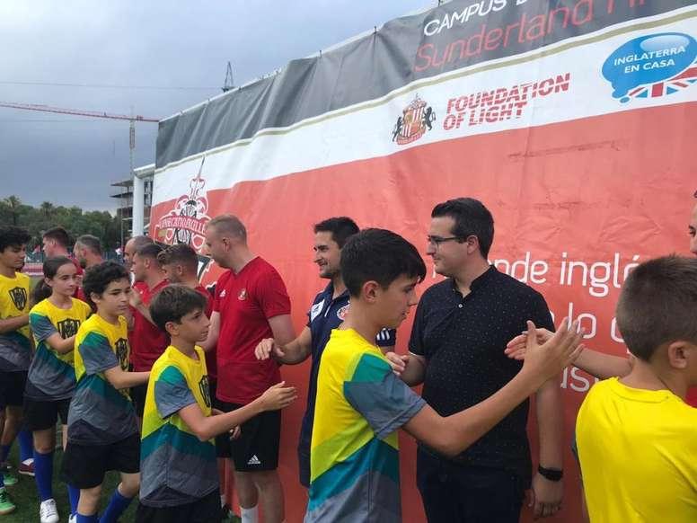El Sunderland reúne en su campus de La Nucía a 400 participantes. CDCamiloCano