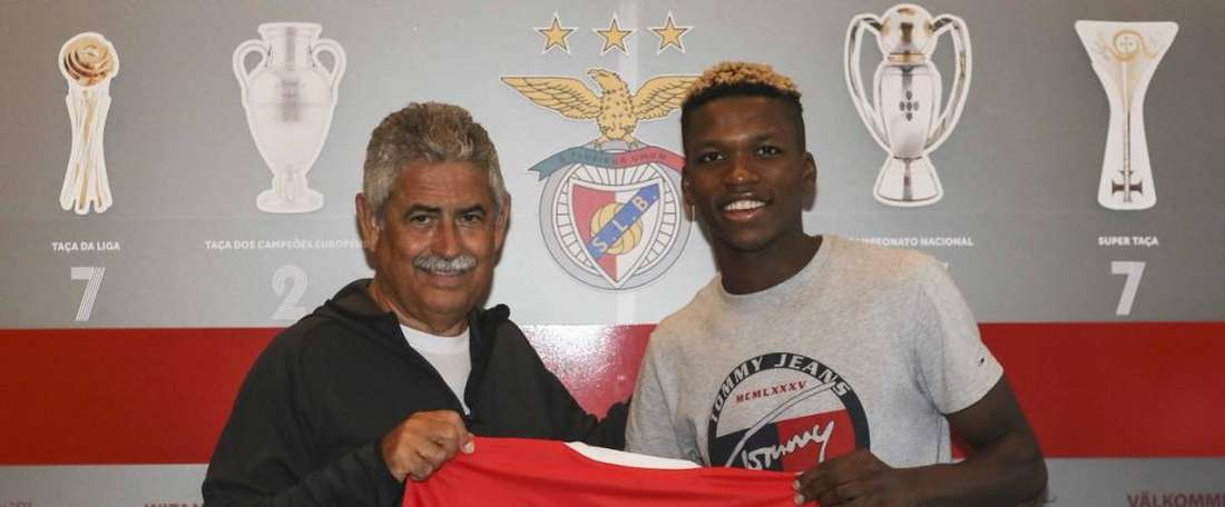 Benfica have renewed 19 year-old Florentino Luis' contract. SLBenfica