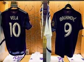 Les maillots de Carlos Vela et Zlatan Ibrahimovic avant la rencontre face à l'Atlético. Twitter/MLS