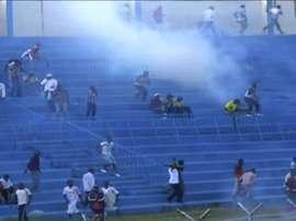 Imagen de los incidentes que provocaron la suspensión del partido. CitizenTV