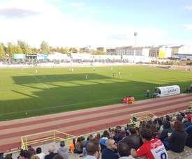 Carlitos mantiene al Badajoz en la plata. CDDonBenito