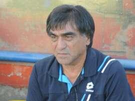 Mario Jacquet, el 'abuelo' paraguayo, deja Guaireña. EFE