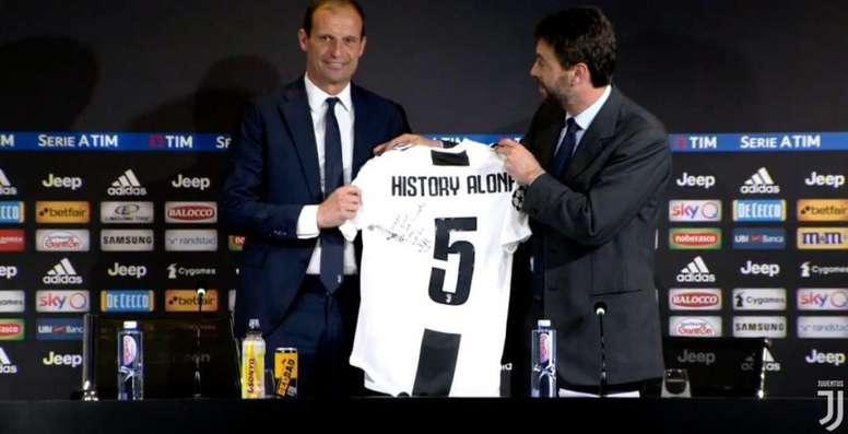 Allegri explicou os motivos da sua saída da Juventus. Twitter/juventusfces