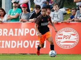 Un jeune brésilien dans l'orbitre du Fenerbahçe. PSV