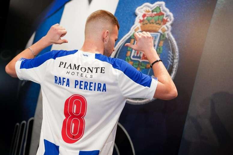 Rafa Pereira amplía su contrato con el Oporto. Porto