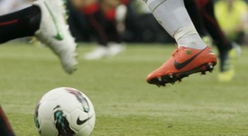 Cuatro jugadores se enfrentan a dos partidos de sanción. EFE