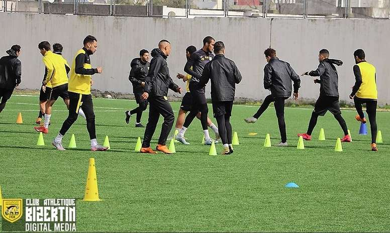 La liga de Túnez volverá en julio. Twitter/ClubAthletiqueBizertin