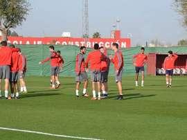Imagen de un entrenamiento del Sevilla. Twitter