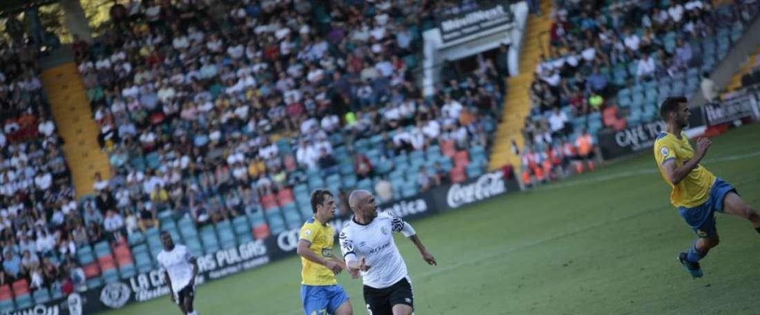 El Real Unión de Irún logró sacar un punto in extremis. Twitter/SalamancaCFUDS