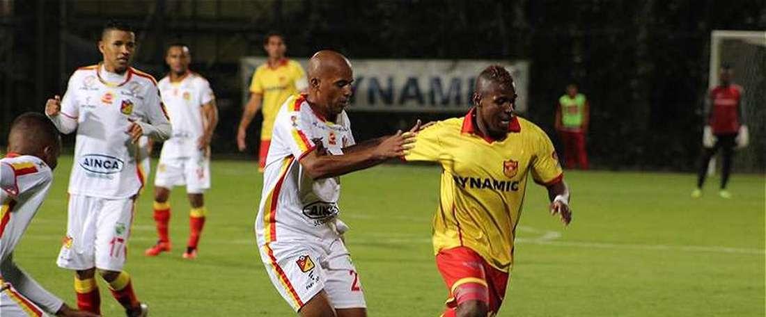 Los locales remontaron el gol inicial de Juan Camilo Hernández. FutbolRed