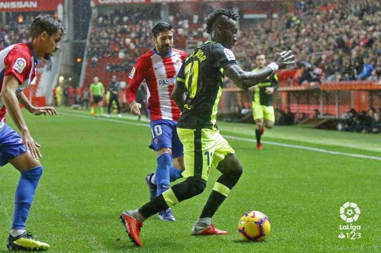 Sporting y Mallorca luchan por el ascenso. LaLiga