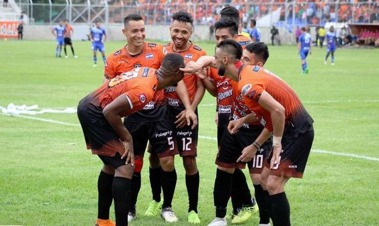 Águila, campeón del Clausura de El Salvador. Twitter/cdaguilaoficial