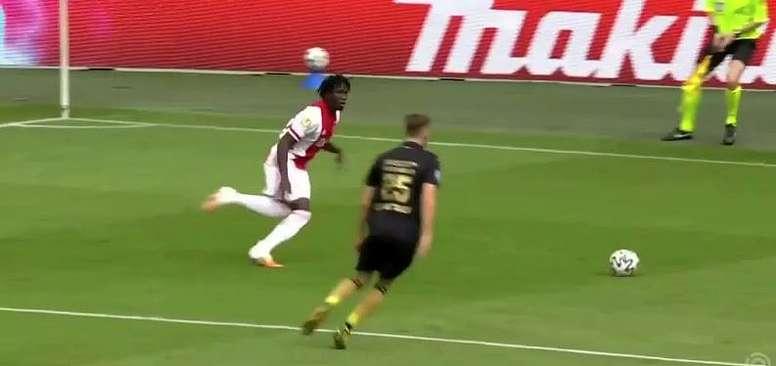 El PSV lidera, el Ajax golea y Robben regresa . Captura/ESPN