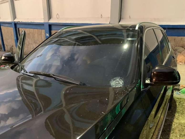 Figueroa denunció daños en su vehículo. Twitter/JGFG65