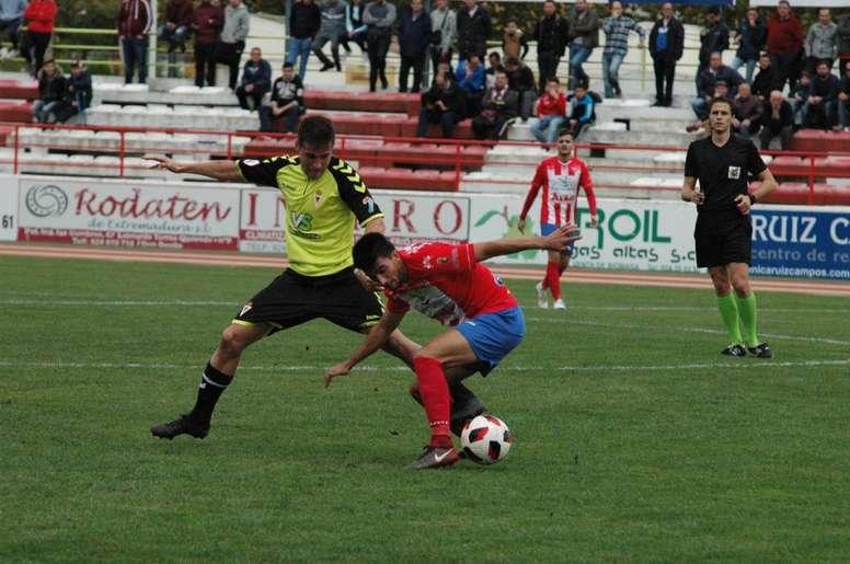 Empate a cero entre Don Benito y Murcia. DonBenito
