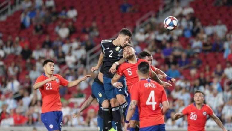 Chile se podría enfrentar a Paraguay y Perú. AFP